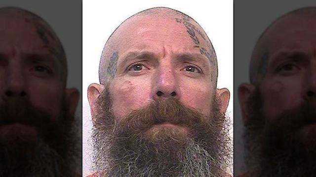 Ισοβίτης σκότωσε δύο παιδεραστές στις φυλακές επειδή έβλεπαν παιδικά προγράμματα