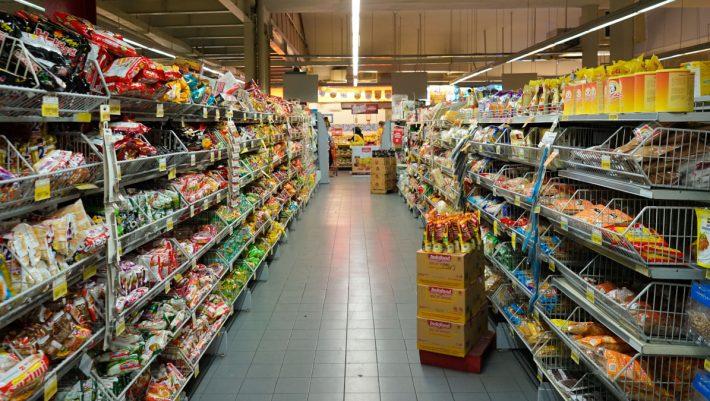 Τρόφιμα, κρέας, φρούτα, γλυκά: 4 online καταστήματα που σου φέρνουν τα ψώνια την ίδια μέρα