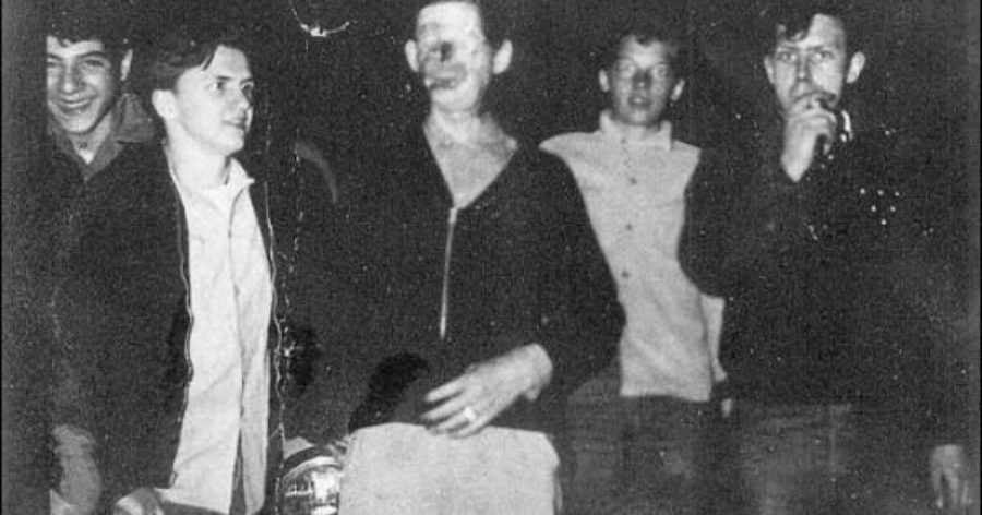 Η αληθινή ιστορία του ανθρώπου χωρίς πρόσωπο που κυκλοφορούσε μόνο την νύχτα (pics)