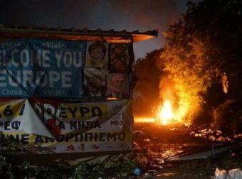 Νύχτα – κόλαση στη Χίο: Εκτεταμένα επεισόδια – Καμμένα αυτοκίνητα και οικισμοί
