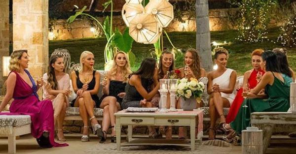 The Bachelor – Spoiler: Αυτές είναι οι 5 κοπέλες που βρίσκονται τώρα στη βίλα