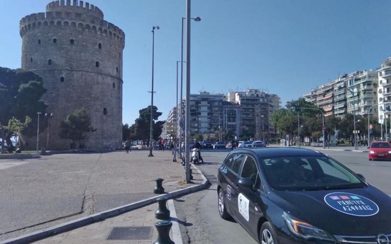 Κορωνοϊός: «Σβήνει» ο ιός στη Θεσσαλονίκη – «Βράζει» στην Αθήνα
