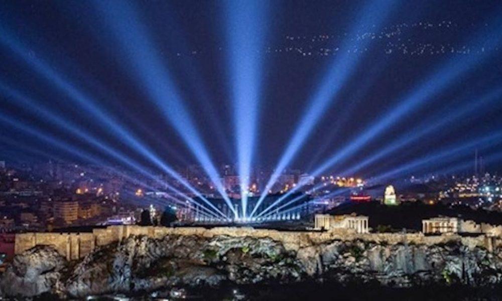 Νέος φωτισμός Ακρόπολης: Έλαμψε ξανά σε ολόκληρη την υφήλιο!