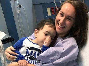 21χρονη δωρίζει το νεφρό της σε αγοράκι 2 ετών και του σώζει τη ζωή